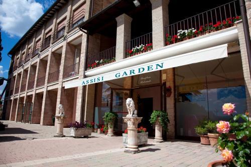 Assisi Hotels, Italy: Great savings and real reviews