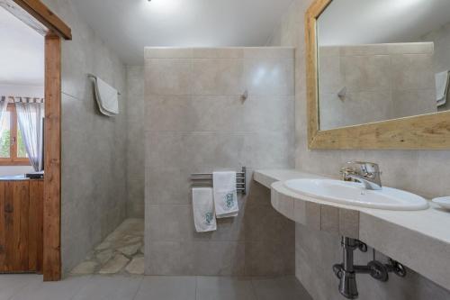 Superior Doppelzimmer mit Gartenblick Agroturismo Ca Sa Vilda Marge 3