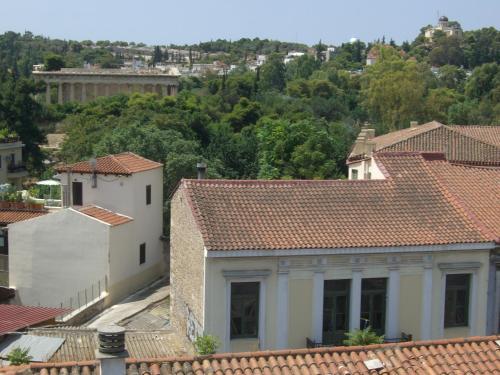 Achilleas***  in Athene