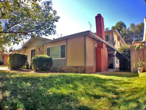 Hotel Simple 1BD Apt By Cal Expo Statefair in Sacramento