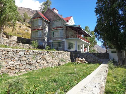 Gemoor Khar