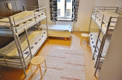 Enkeltseng på blandet sovesal med 5 senge (Single Bed in 5-Bed Mixed Dormitory Room)