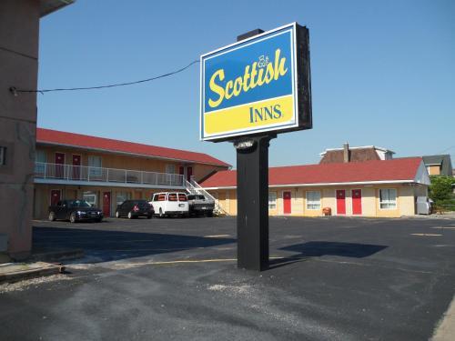 Picture of Scottish Inn Near the Falls and Casino