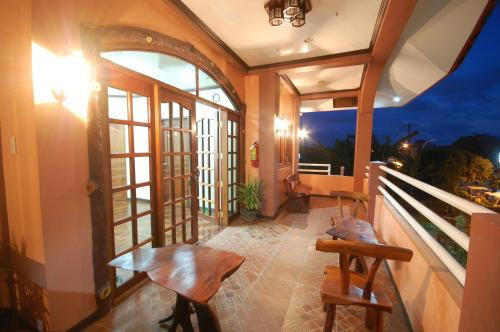 J-Lais Balai Turista - Pensionne House front view