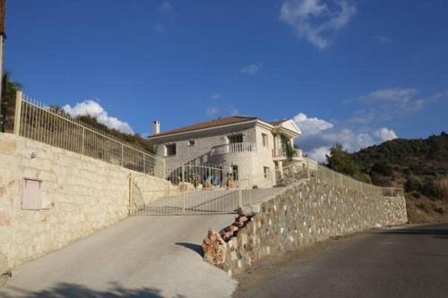 Villa Melyia