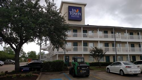Hotels Near Ellington Field