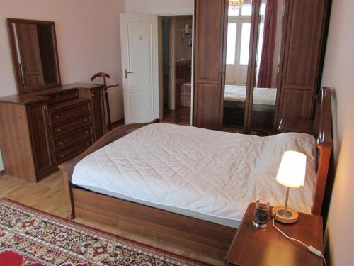 Apartment on Prospect Pobedy 34 b