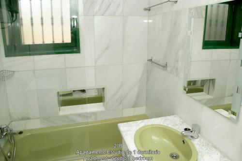 Apartament - Studio 1 dormitor (2B)  (Apartment - Studio 1 bedroom ( 2B ))
