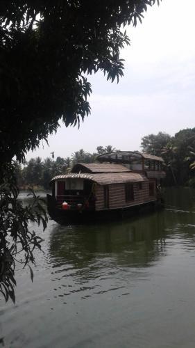 Mature Houseboat