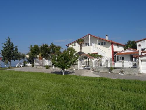 Villa Tikozidis