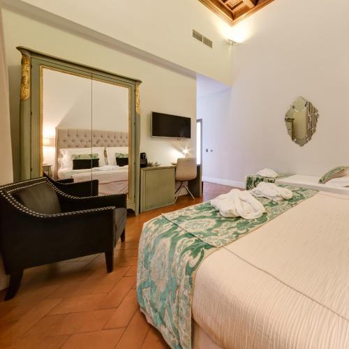 Triple Room Palacio Pinello 1