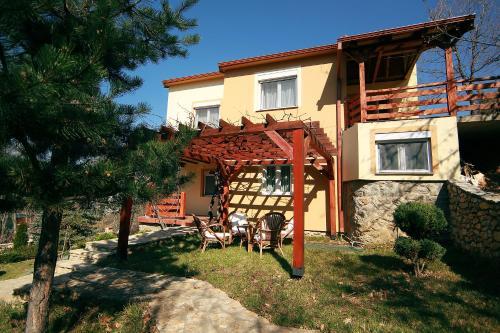 Villa Kirjana