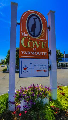 The cove at yarmouth a vri resort west yarmouth cape cod for Cove cape cod