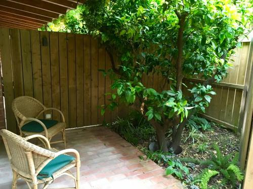 Double or Twin Room with Terrace - single occupancy Mont-Sant 7