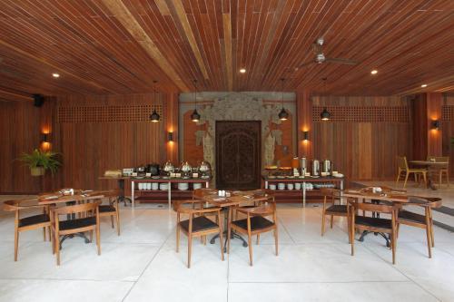 Matahari Bungalow Legian Bali Rentals And Resorts