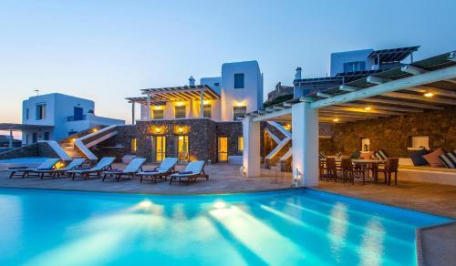 Andromeda Infinity Pool Villa