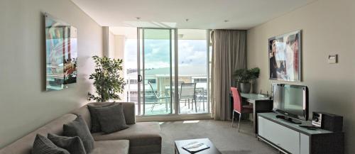 Adelaide DressCircle Apartments - North Terrace photo 42