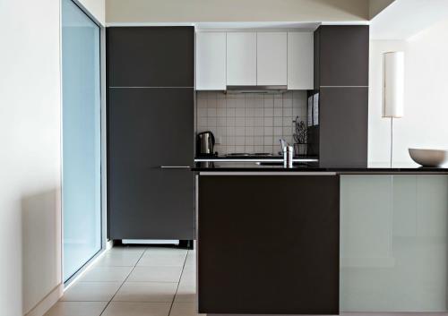 Adelaide DressCircle Apartments - North Terrace photo 43