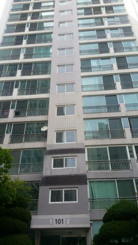 Exterior view Youngnam Apartment - Female Only
