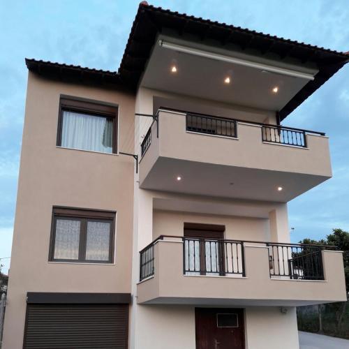 Nikiforos House