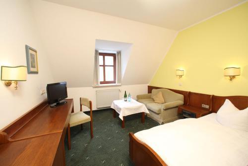 Hotel-Landgasthof Schuster