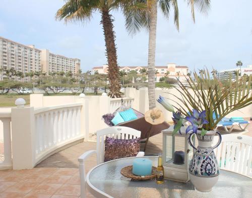 Villa Grande Aruba, Palm Beach