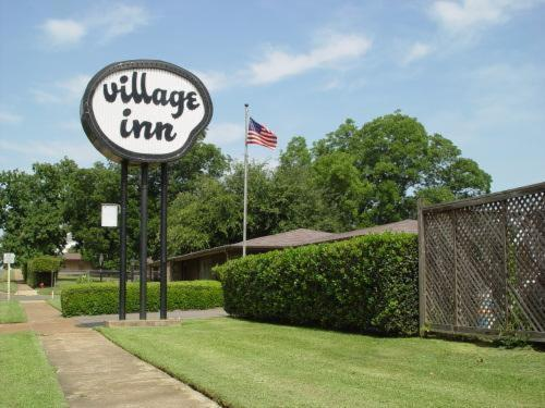 Village Inn Motel