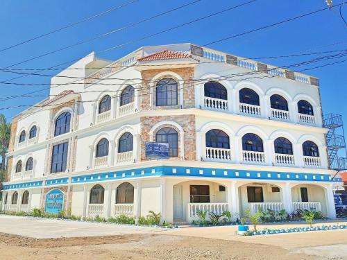 Nassim Hotel & Beach Resort