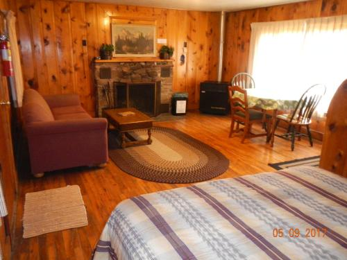 Pleasant Valley Cabins & Camping