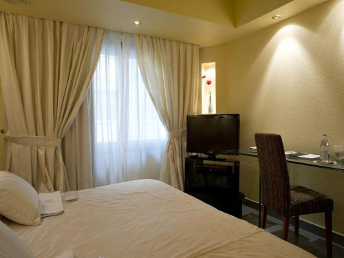 Business Room - single occupancy A Casa Canut Hotel Gastronòmic 1