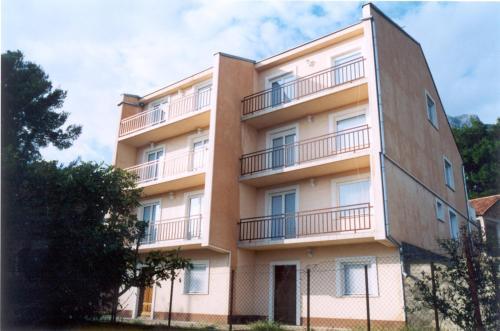 Отель Apartments Adria 3 звезды Хорватия