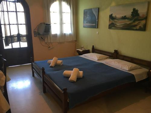 Vangelis Studio, Benitses