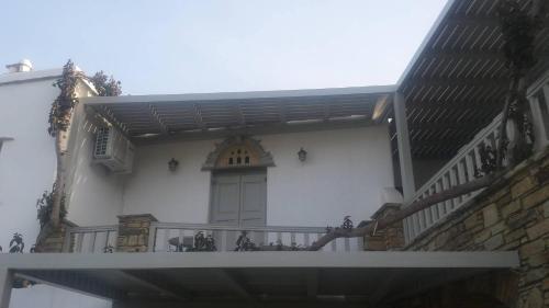 Elia Apartments, Agios Romanos