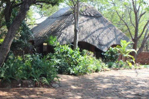 Mosi-Ua-Tunya Lodge