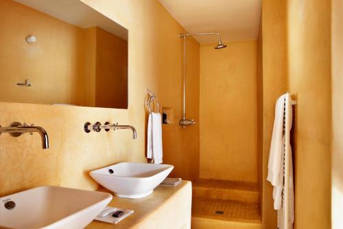 Double Room Peñarroya Hotel Mas de la Serra 3