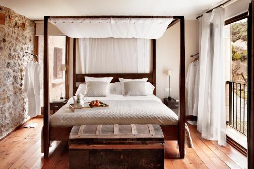 Double Room Peñarroya Hotel Mas de la Serra 1