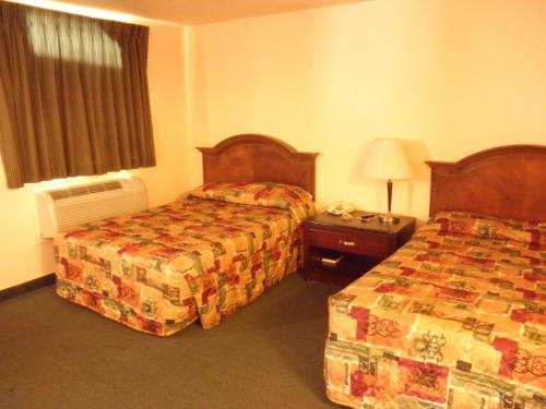 Relax Inn And Suites New Orleans Hotel