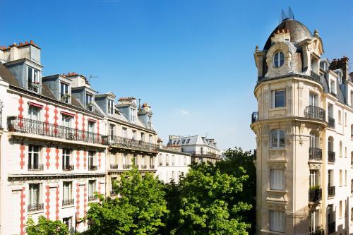 Hôtel Du Mont Dore Batignolles