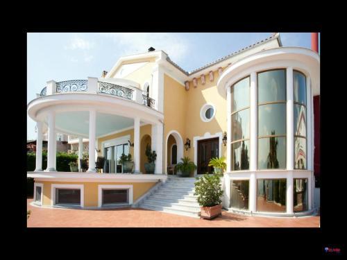 Tziotzios Villas