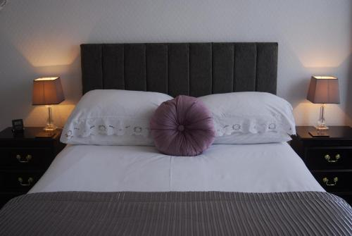 The Lynwood Guesthouse - Adults Only (Bed and Breakfast)