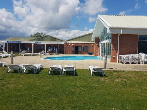 Homely Holidays Martello Beach Holiday Park