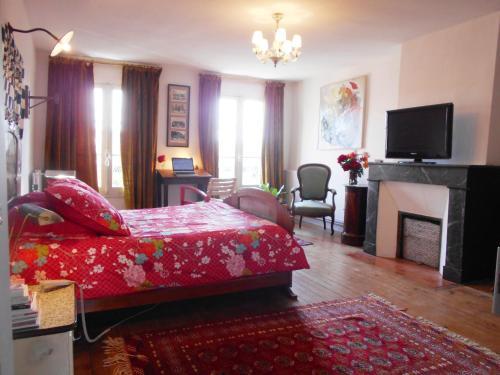 Montauban chambre d 39 h tes le 77 prenota online bed for Chambre d hotes montauban