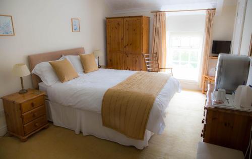 Llwyn Onn Guest House (B&B)