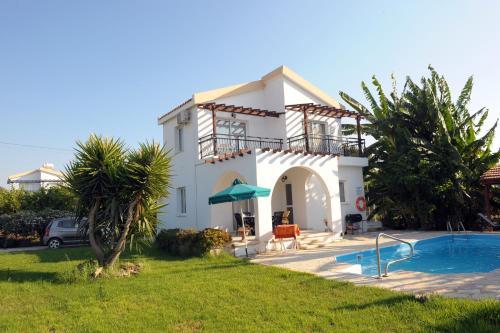 Follow the Sun Villa 4 - Argaka