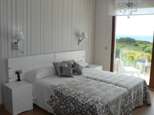 Double or Twin Room with Spa Access Hotel Naturaleza Mar da Ardora Wellness & Spa 3