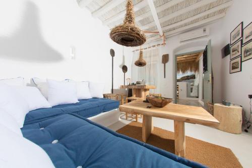 2 Suns Suite House
