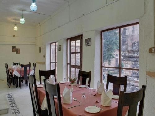 Fort Auwa Heritage Hotel