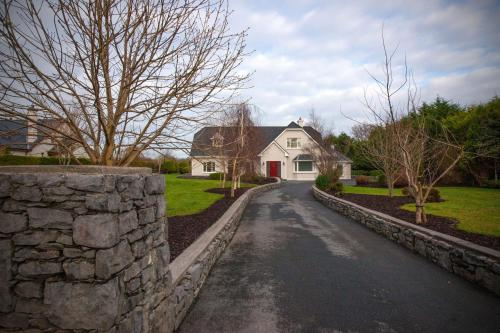 Property 301 Oughterard