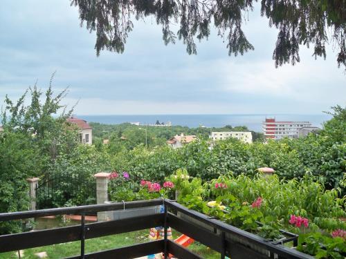 Отель Guest House Dvata Bora 3 звезды Болгария