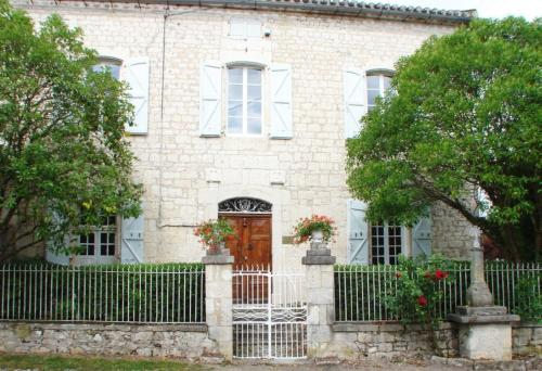 Отель Maison d'Hôtes Le Logis de Reyjade 0 звёзд Франция